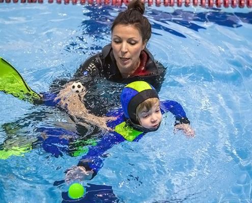 с чего начинается обучение плаванию
